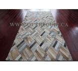 900653  cowhide rug tapis peau de vache PATCHWORK