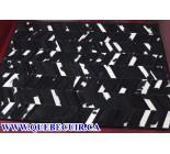 900667  cowhide rug tapis peau de vache PATCHWORK